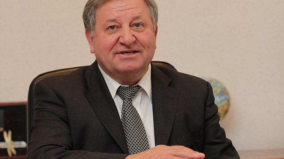 «Кузнецову» меняют главный двигатель / Юрий Елисеев уходит с поста исполнительного директора предприятия