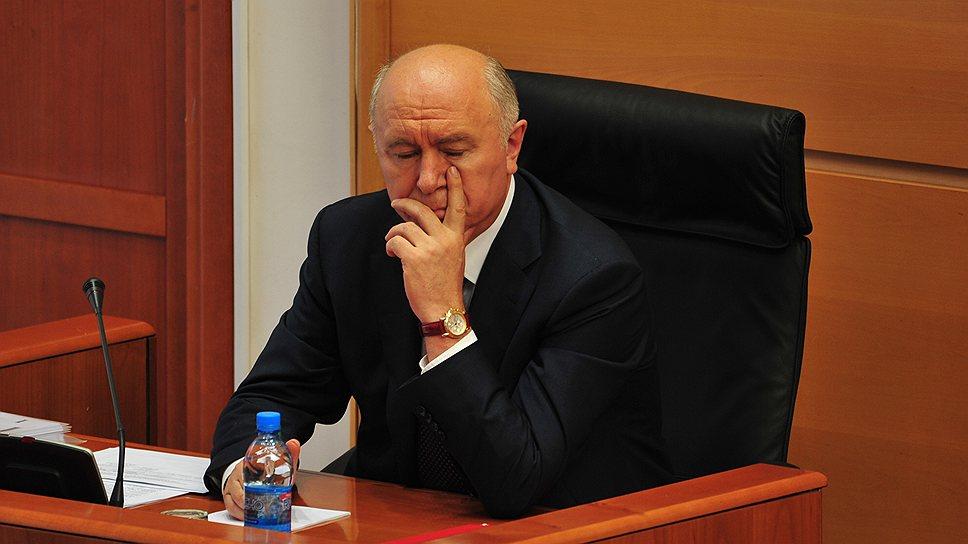 Точку вконфликте между владельцами киосков иадминистрацией Самары предстоит поставить главе региона Николаю Меркушкину