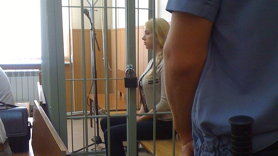Вдова пособственному желанию / Суд признал виновной вубийстве самарского банкира его жену