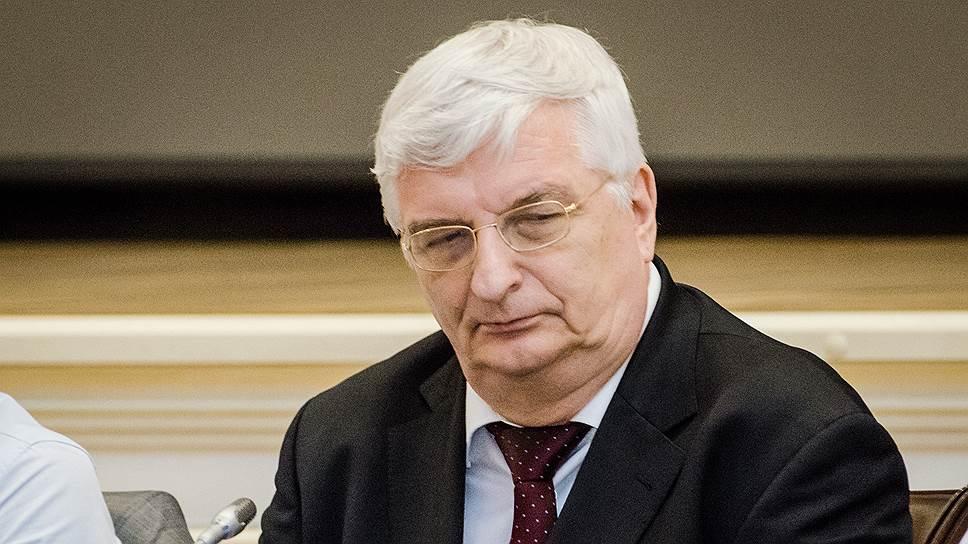 Заместитель генпрокурора Владимир Малиновский раскритиковал работу самарского сделователя ипризывал передать дело вСКР