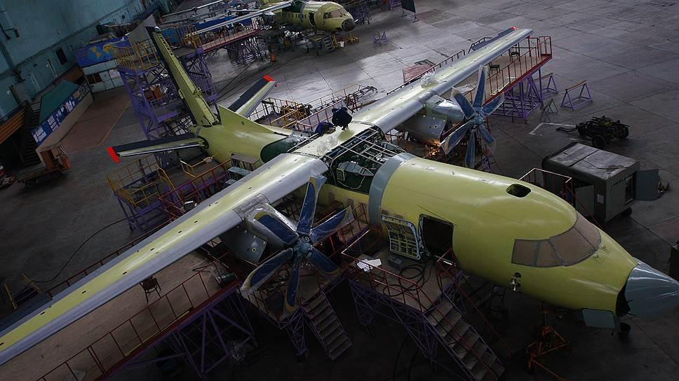 «Авиакор» сменил курс / Самарский завод подал встречный иск кГП «Антонов» поделу оневыплате роялти