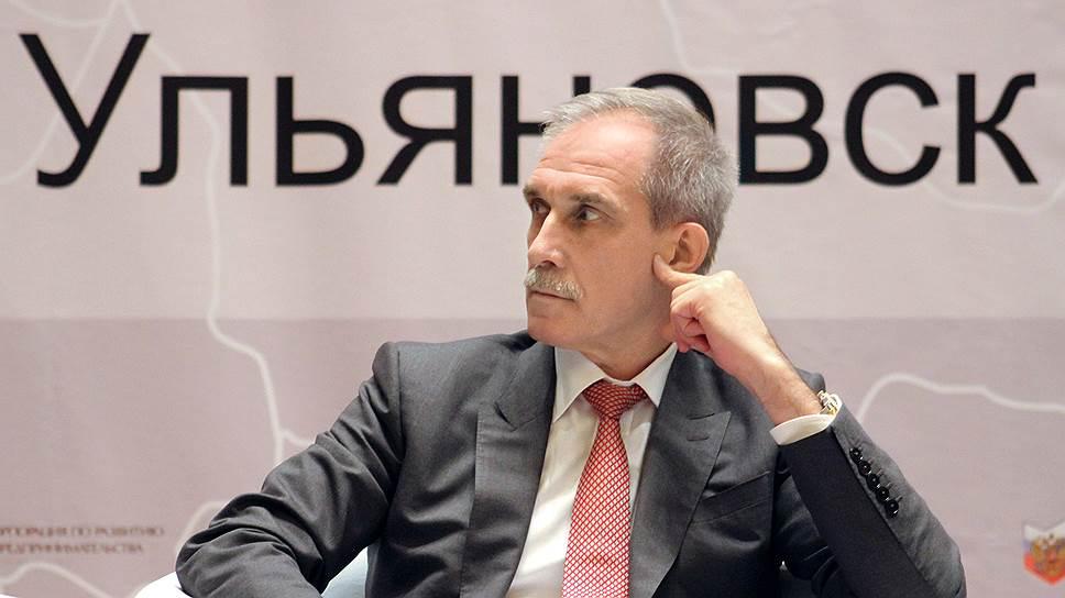 Сергей Морозов ответил коммунистам / Ульяновский губернатор написал заявление вСКР оклевете