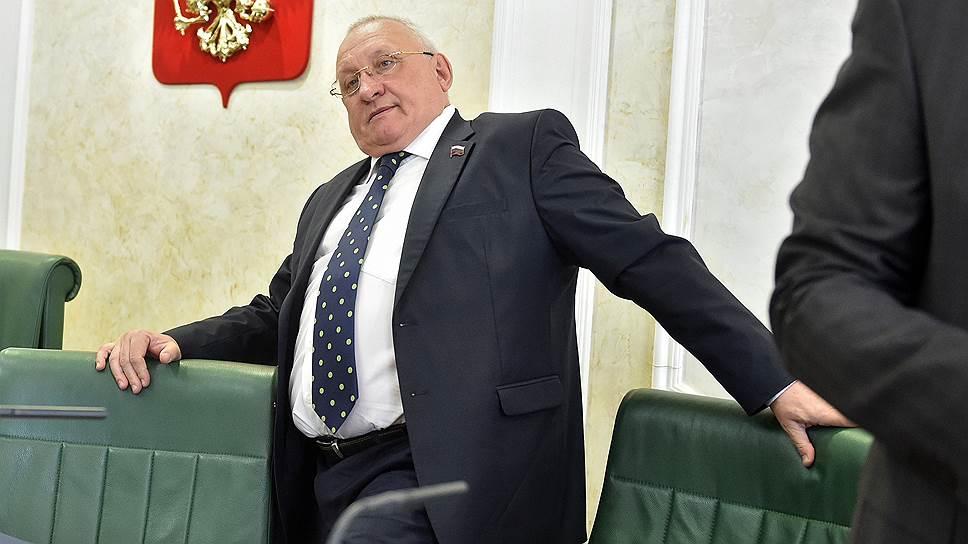 Коррупционный скандал может повлиять наперспективы Анатолия Бакаева сохранить пост спикера вновом составе заксобрания Ульяновской области