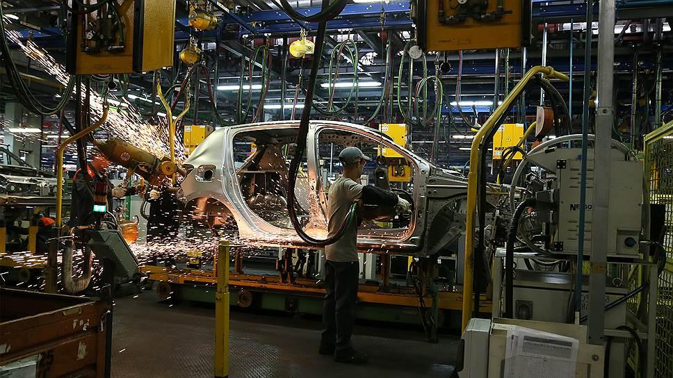 Сразу две модели Lada возглавили рейтинг продаж поитогам прошлого года