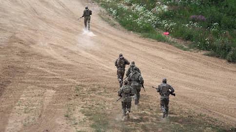 Военные лесники вышли на границу // Управление лесного хозяйства Минобороны намерено лишить садоводов собственности