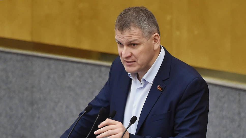 От лидера ульяновских коммунистов депутата Госдумы Алексея Куринного бегут сторонники