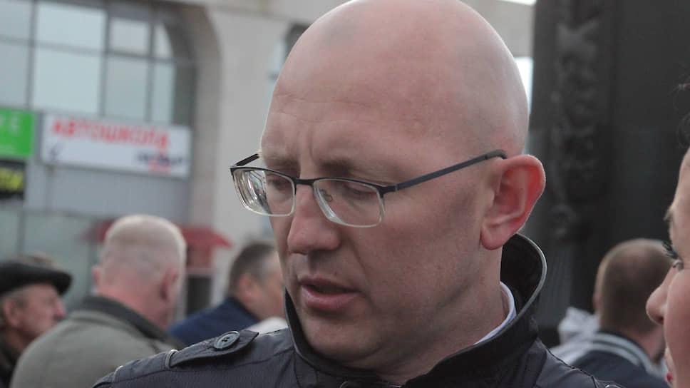 Михаил Сычев был задержан напороге мэрии иотправился надопрос врегиональное управление ФСБ