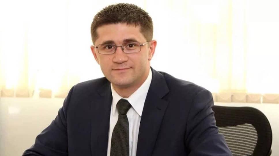 Как заявил гособвинитель, Юлию Караулову, давшую показания против Реналя Мязитова (нафото), найти «непредставилось возможным»