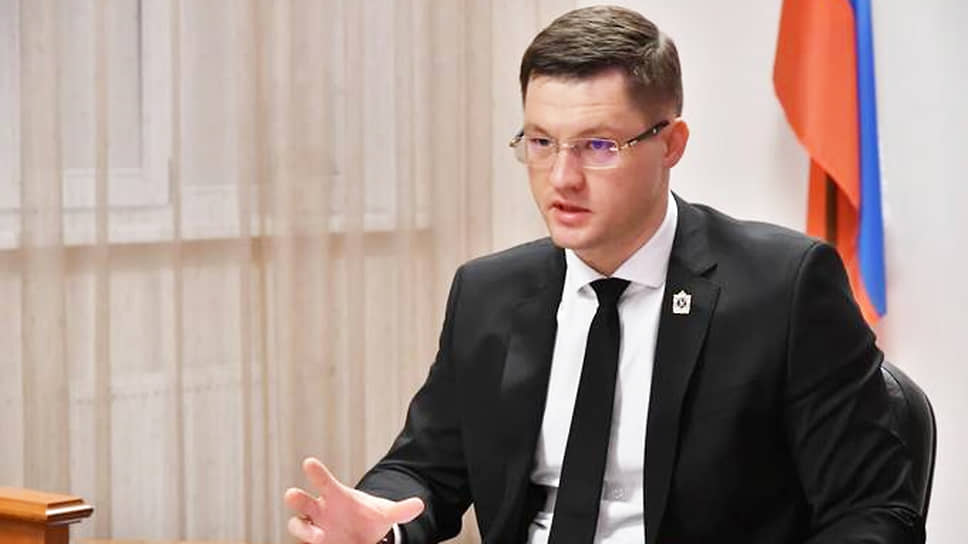 По версии следствия, вобластном минстрое, возглавляемом Евгением Чудаевым, воизбежание санкций подделывали отчеты орасходовании федеральных средств