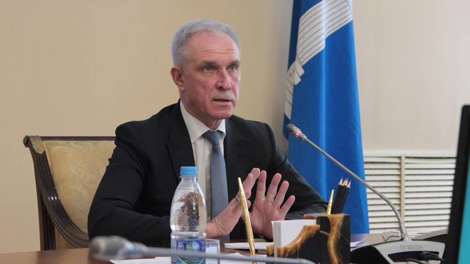 Губернатор Сергей Морозов предложил главам соседних регионов совместными усилиями вернуть электричку