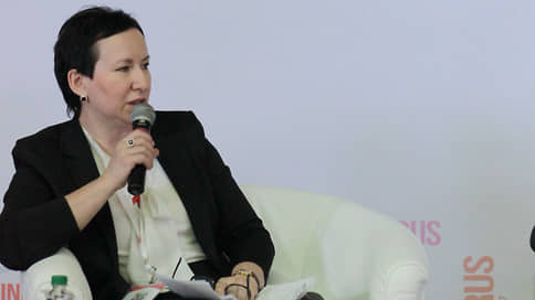 Глава покинула «Дом»  / Алсу Садретдинова освобождена от руководства ульяновской госкорпорацией развития строительств