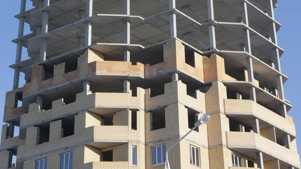 По версии следствия, группа мошенников, включая чиновницу, рассчитывала получить квартиры как обманутые дольщики