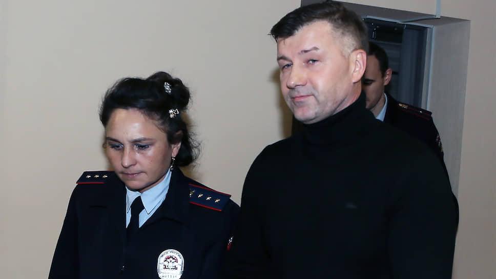 В суде по делу экс-замглавы Росгвардии Дмитрия Сазонова выступил главный охранник ОПГ «Законовские»
