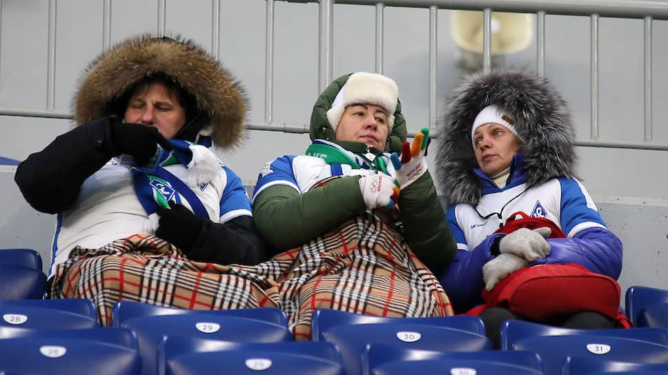 На матч «Крыльев Советов» и «Уфы» пришли всего 5439 человек, что стало зрительским антирекордом нового самарского стадиона.