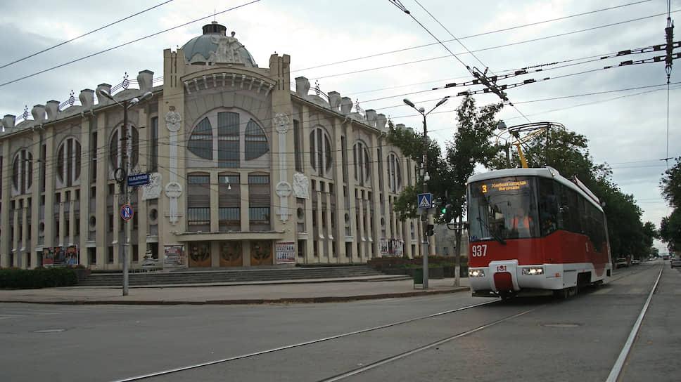 На сегодняшний день самарская трамвайная система насчитывает 25 маршрутов и охватывает 7 из 9 административных районов города.