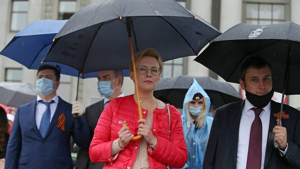 Глава Самары Елена Лапушкина и  депутат Государственной Думы Александр Хинштейн.