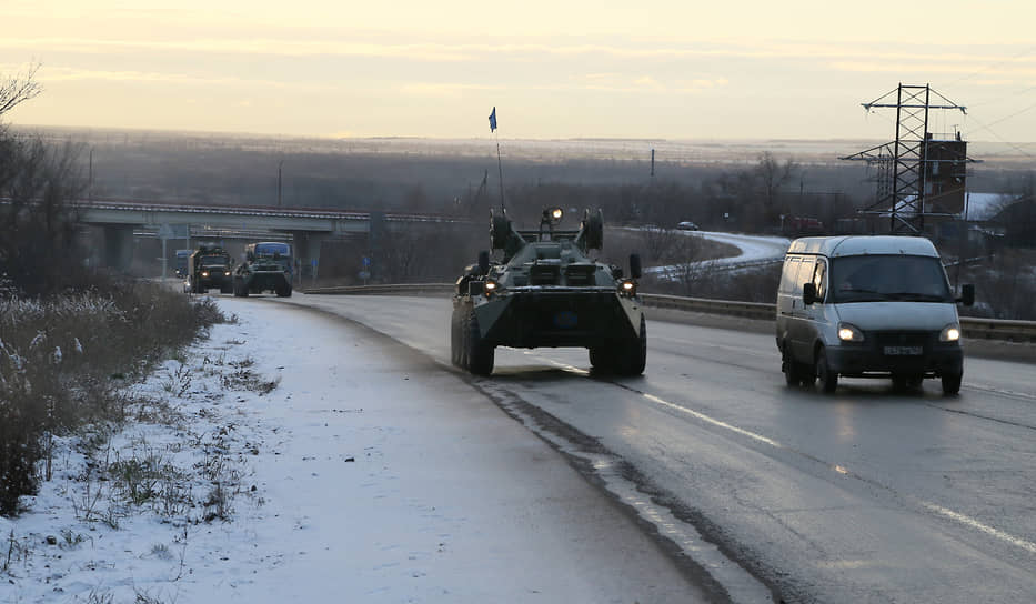 Всего в Нагорный Карабах отправились 1960 военнослужащих со стрелковым оружием, 90 бронетранспортеров, 380 единиц автомобильной и специальной техники.