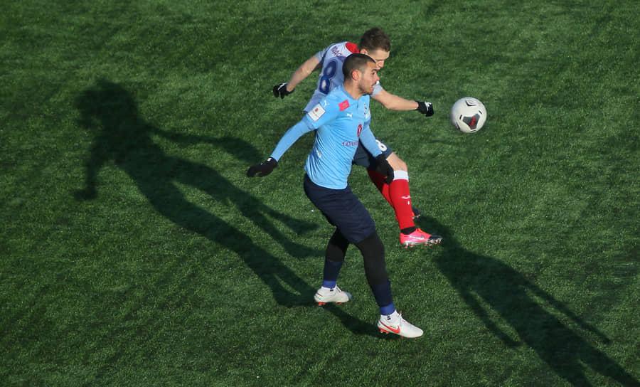 Однако в последнее время в Самаре аншлагов на футболе не наблюдается, сказались неудовлетворительные результаты «Крыльев Советов»