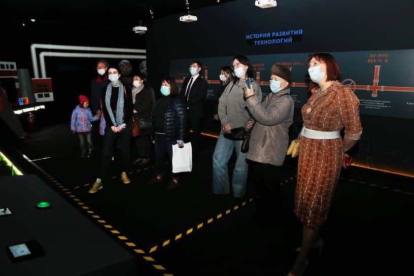 Энергетики готовы ответить на вопросы посетителей