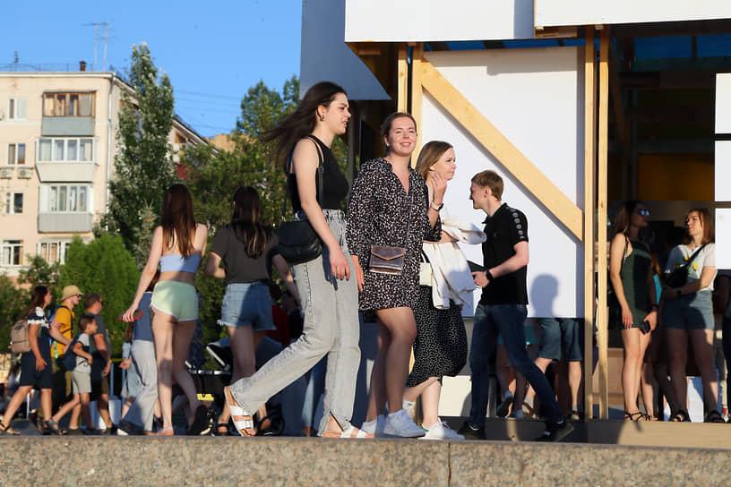 Фестиваль пользуется популярностью у молодежи.