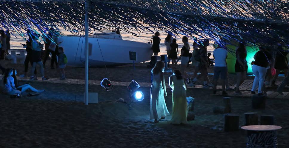 В итоге более 300 тыс. человек посетили фестиваль.