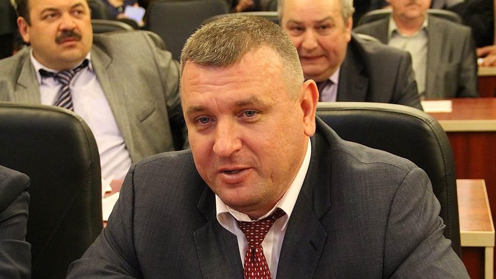 Дмитрия Лобанова обвиняют в нежелании идти навстречу местному бизнес-сообществу