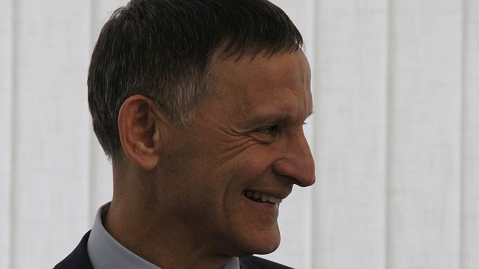 Иван Чепрасов пока продолжит работать главой администрации Балаковского района