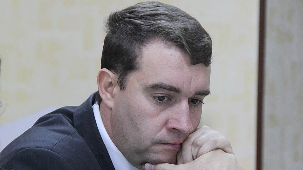 Александр Анидалов готов поддержать возмущенных рабочих саратовского завода