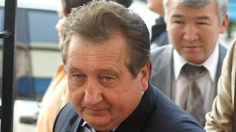 Хурал сохранил лицо // Руководство нового парламента Калмыкии осталось прежним