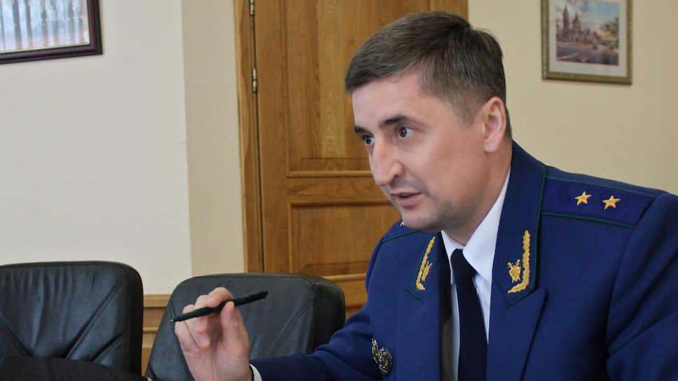 Прокурор Сергей Филипенко указал главному санврачу области наненужную полемику