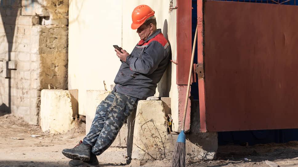 Потерявшим работу саратовцам предлагают устроиться нарабочие специальности