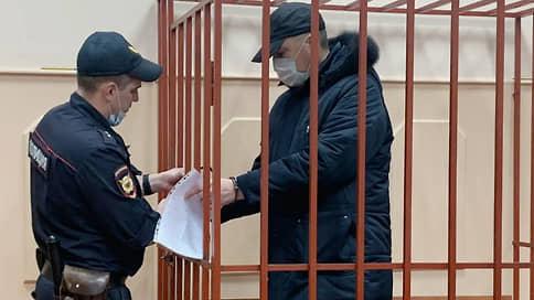 Арест из-за ареста  / Начальник астраханской таможни взят под стражу по подозрению в превышении полномочий