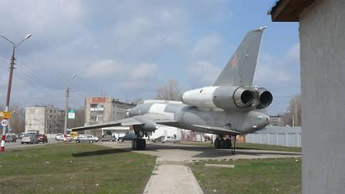 Губернатор канул в «Летку»  / Валерий Радаев попросил у президента средства на расселение бывшего городка Минбороны