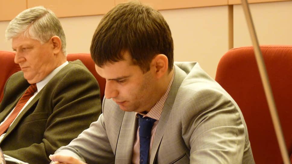 Александр Гайдук обвинялся впокушении намошенничество вособо крупном размере