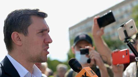 Исполком бросил вызов  / От кандидата в Госдуму от КПРФ Николая Бондаренко потребовали извинений за учителей