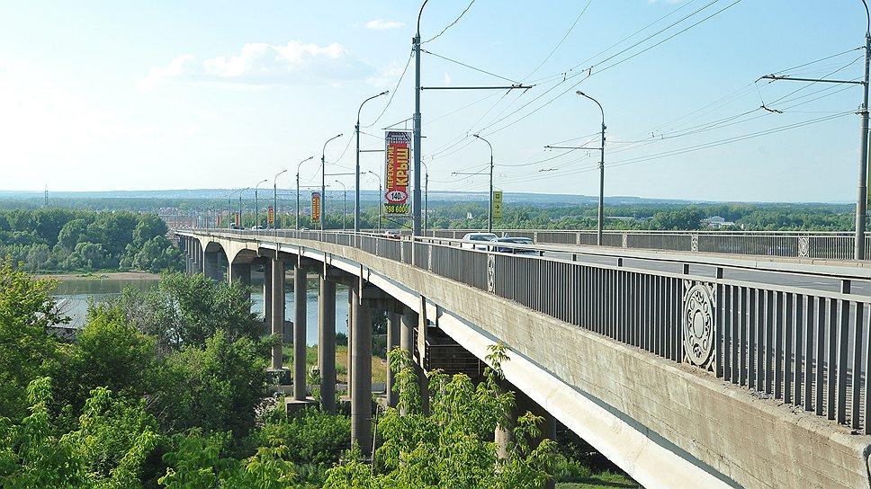 ФАС России убеждают в том, что к участникам борьбы за новый Затонский мост предъявляются завышенные требования