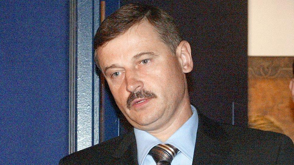 Полиции вслед за прокуратурой кажется, что Сергей Веремеенко (на снимке) и члены его семьи приватизировали в Уфе землю по подозрительно низкой цене