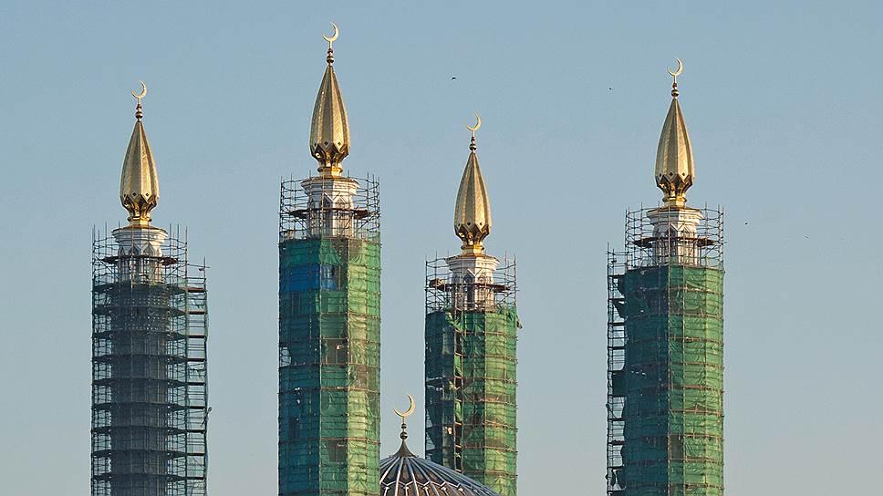«Муслим-сити» достроили до пропаганды / Авторы проекта объяснили его грандиозность желанием продвигать традиционный ислам