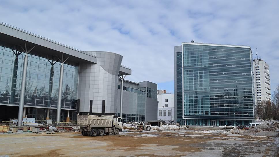«Роснефть» пошла на заселение / Компания предложила уфимским девелоперам крупную арендную сделку