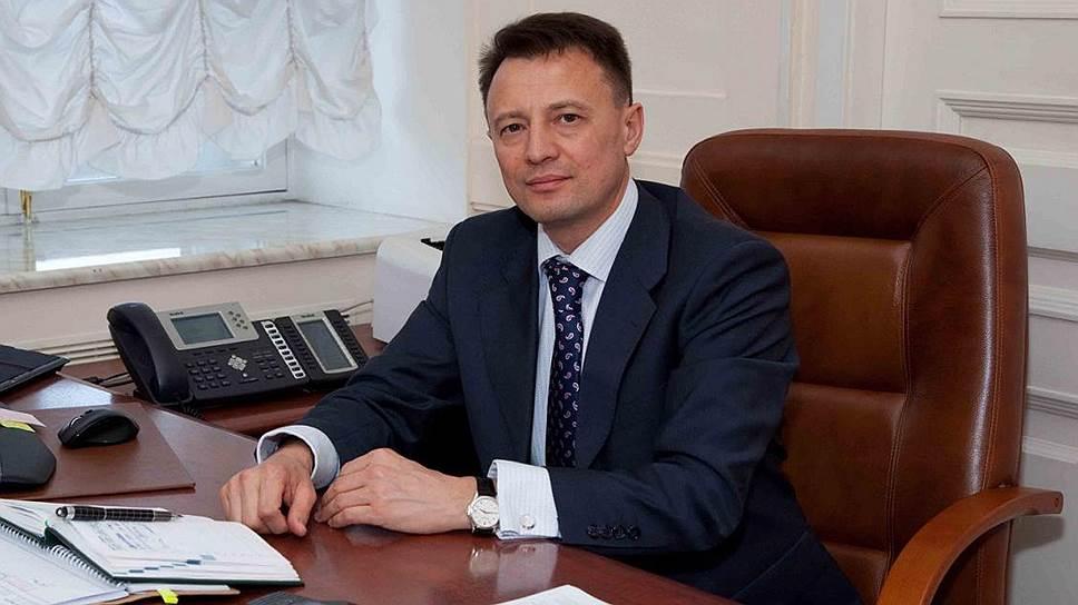 Полномочный подряд / Артур Шайнуров сменил вице-премьерскую должность на кресло топ-менеджера