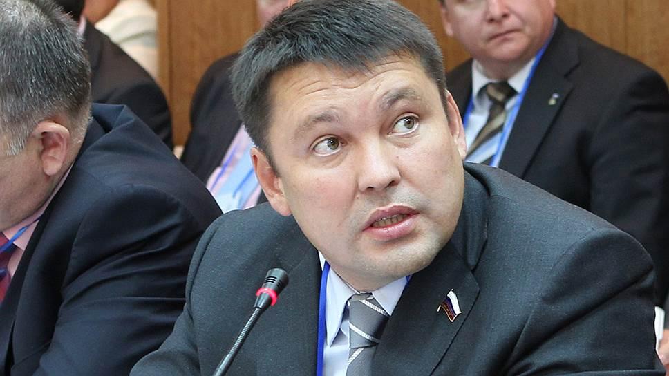 Марсель Юсупов ждет решения Сбербанка, чтобы решить проблемы с дольщиками компании своего племянника