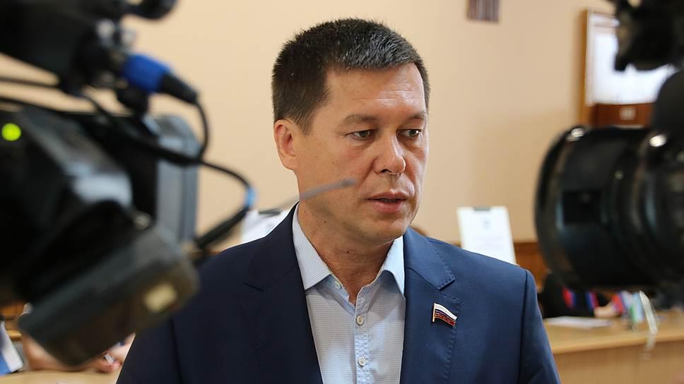 «Все, что есть — перед вами» / Радий Хабиров пошел на выборы главы Башкирии