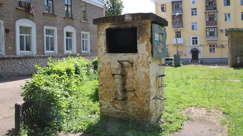 Убежища сдали оборону / В Уфе со 122 домовых подвалов снят статус объектов гражданской обороны
