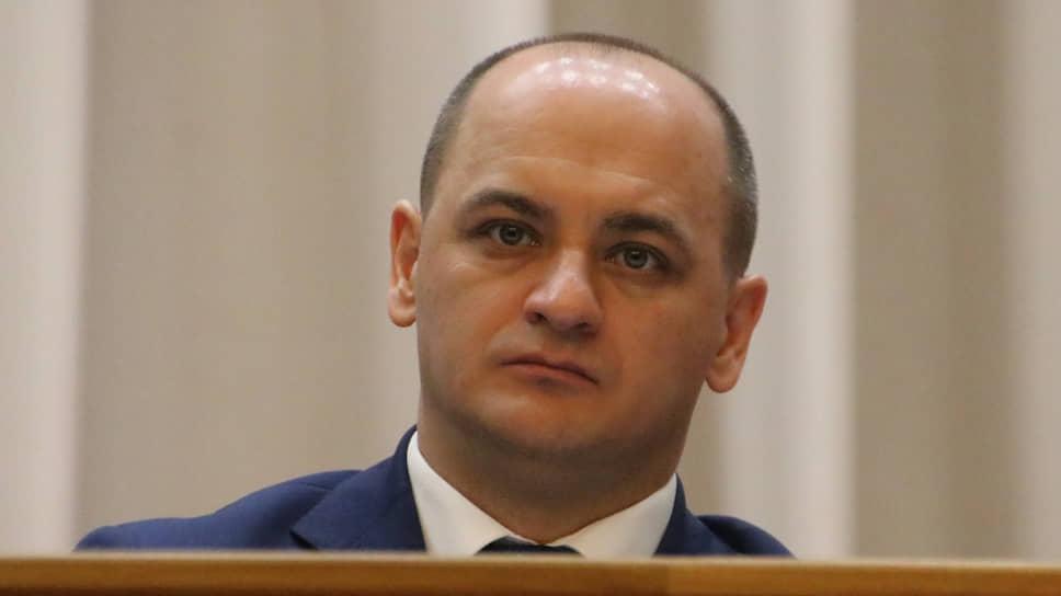 Единороссы внесли на трезвую голову / В Башкирии ограничат продажу алкоголя в новогодние каникулы