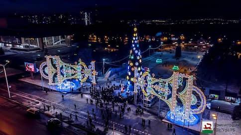 Елка о двух концах  / УФАС оштрафует чиновников управделами главы Башкирии за неконкурентную закупку новогодней иллюминации