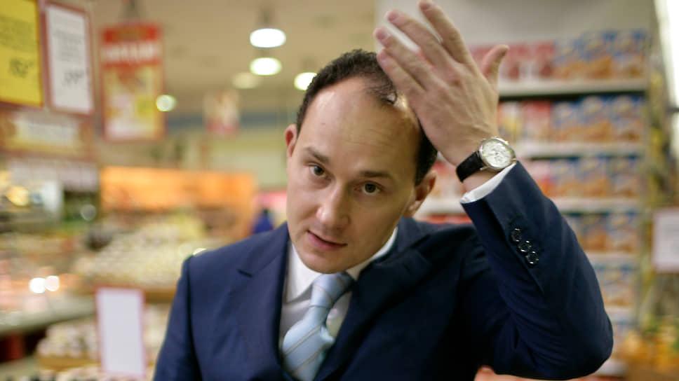«Матрица» рассыпалась из-за аренды и зарплаты / Подозрительные сделки оператора сети оценены в 860 млн рублей