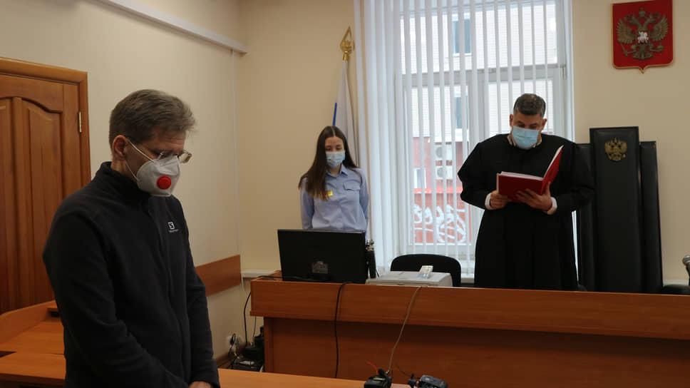 У башкирского чиновника не нашли превышения / Оправдан бывший вице-премьер республики Евгений Гурьев