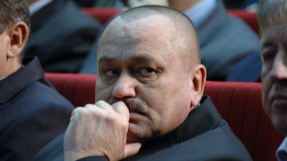 Прокуратура требует для УК неприкосновенности / В постановлении саратовского облправительства увидели необоснованное вмешательство