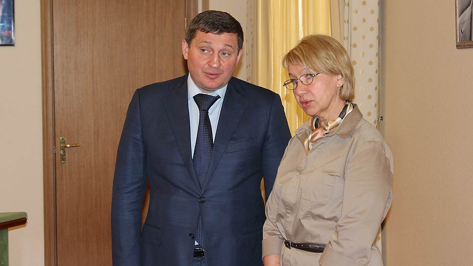 Губернаторский проект реформы госорганов воблдуме будет представлять его постоянный представитель Наталья Лисименко