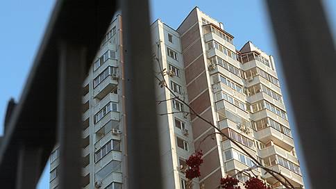 «Комплекс» теряет жильцов  / Крупнейший в Ульяновске ЖСК может развалиться до окончания банкротства